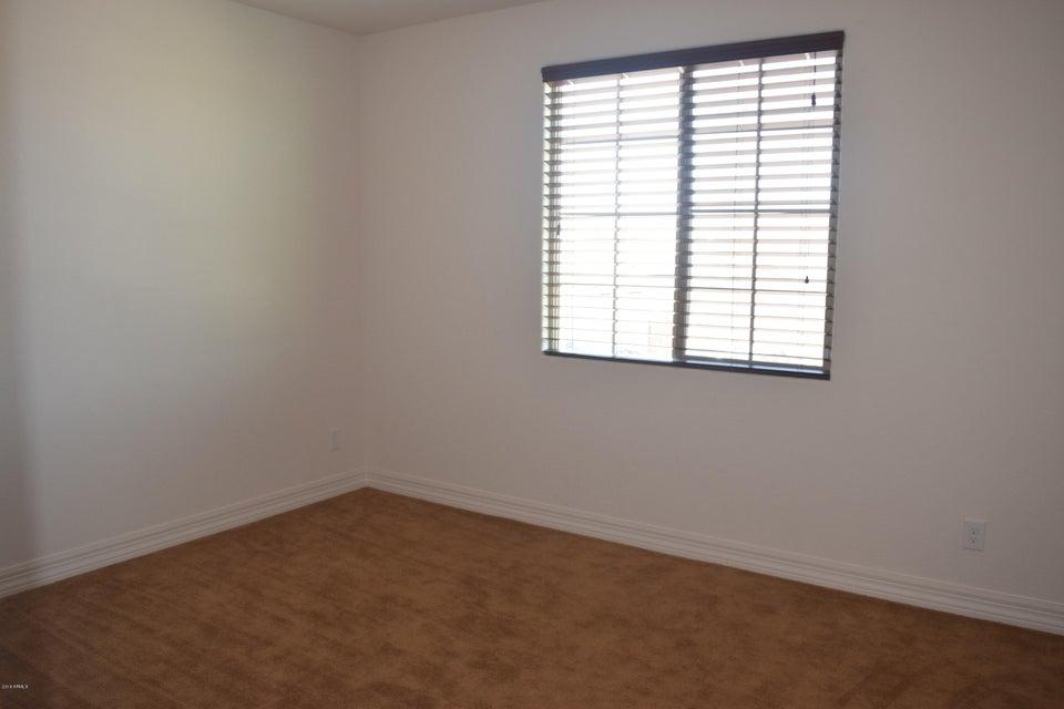 MLS 5772420 7121 W SOUTHGATE Avenue, Phoenix, AZ 85043 Phoenix AZ Sienna Vista
