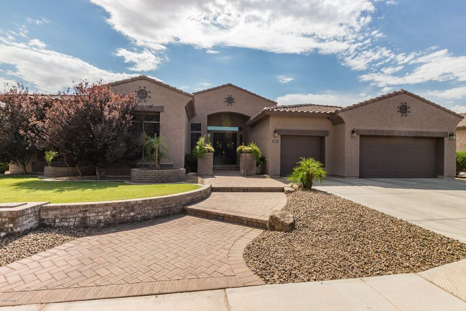 Photo of 5382 S FOUR PEAKS Way, Chandler, AZ 85249