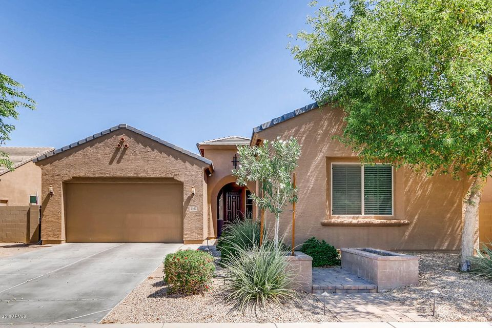 Photo of 2552 E REDWOOD Place, Chandler, AZ 85286