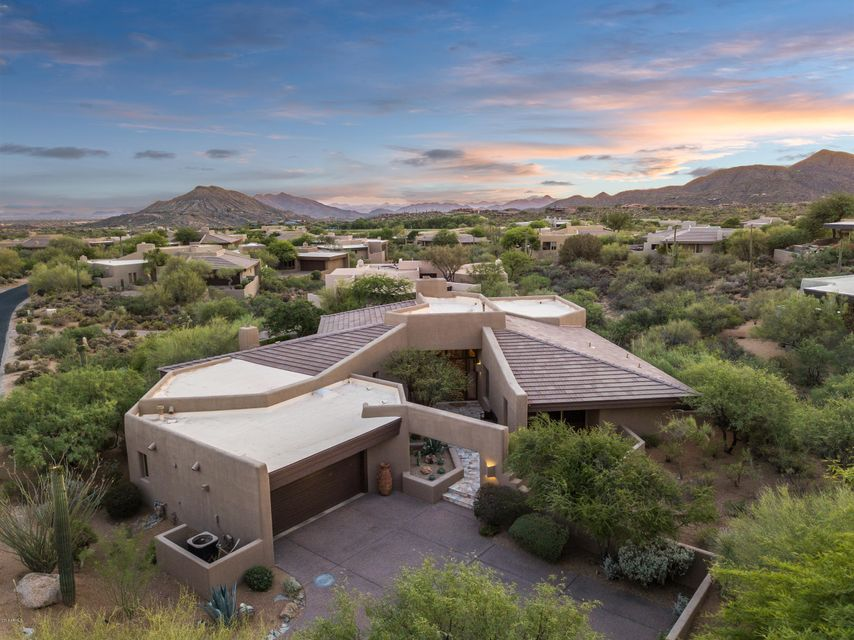 Photo of 10658 E TAMARISK Way, Scottsdale, AZ 85262