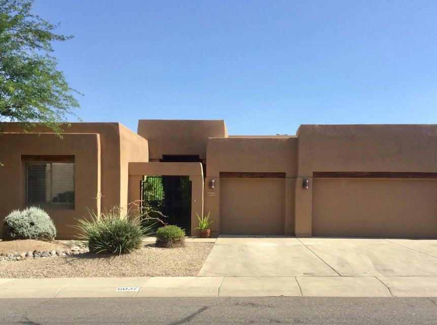 Photo of 6037 W ROBIN Lane, Glendale, AZ 85310