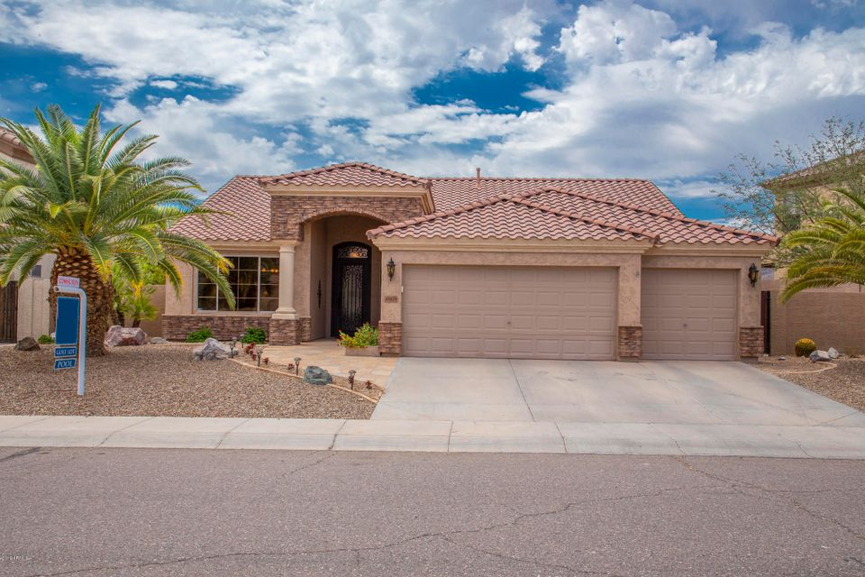 Photo of 16828 S 1ST Drive, Phoenix, AZ 85045