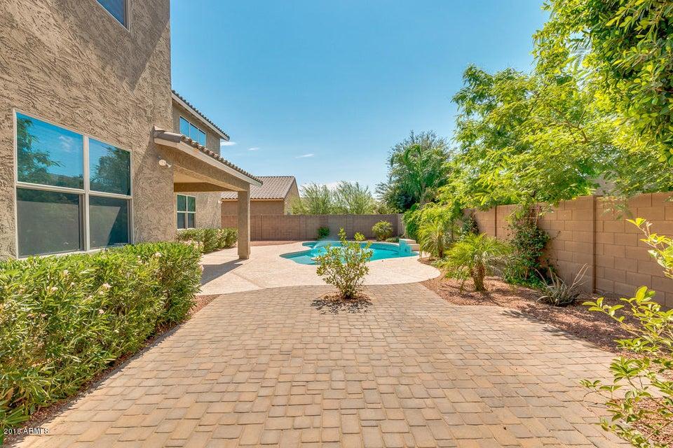 MLS 5781150 10621 W RAYMOND Street, Tolleson, AZ 85353 Tolleson AZ 5 or More Bedroom