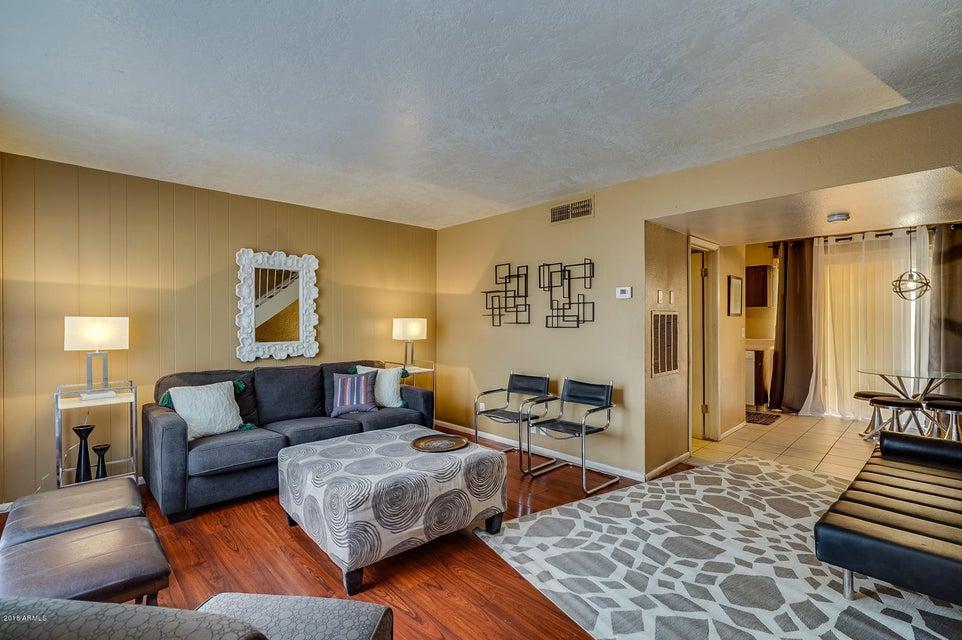 Photo of 3520 W DUNLAP Avenue #195, Phoenix, AZ 85051
