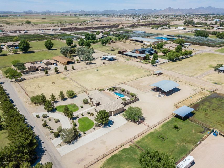 MLS 5770556 39762 N CREEKSIDE Road, San Tan Valley, AZ San Tan Valley
