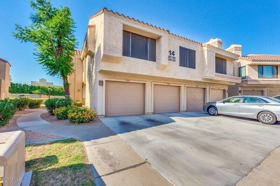 Photo of 10055 E MOUNTAINVIEW LAKE Drive #1008, Scottsdale, AZ 85258