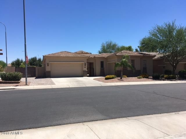 Photo of 3287 E RAVEN Court, Chandler, AZ 85286