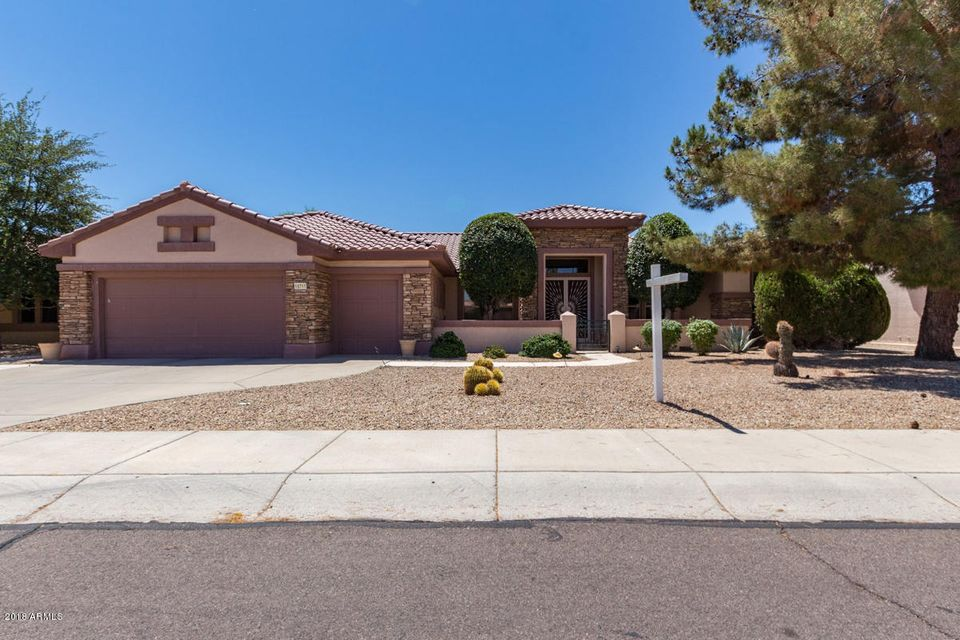 Photo of 15719 W CLEAR CANYON Drive, Surprise, AZ 85374