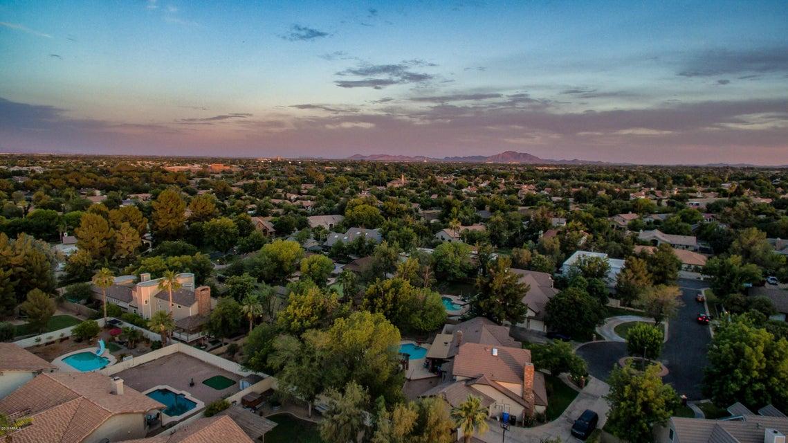 MLS 5784254 614 E STONEBRIDGE Drive, Gilbert, AZ Gilbert AZ Waterfront
