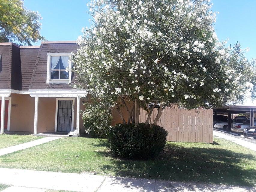 Photo of 8212 N 33RD Lane, Phoenix, AZ 85051