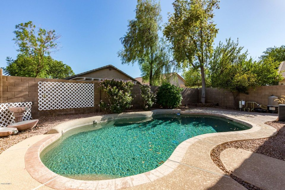 MLS 5784664 591 E DEVON Drive, Gilbert, AZ 85296 Gilbert AZ Private Pool