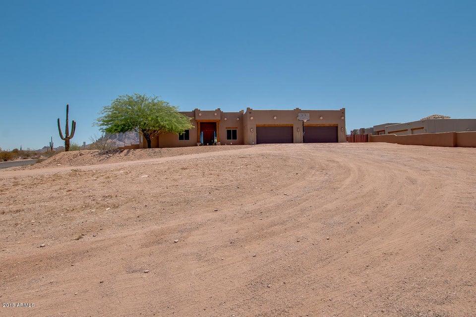 Photo of 1982 N GOLDFIELD Road, Apache Junction, AZ 85119