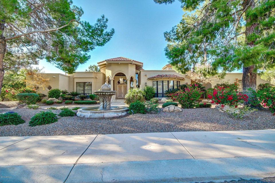 Photo of 6127 E HORSESHOE Road, Paradise Valley, AZ 85253