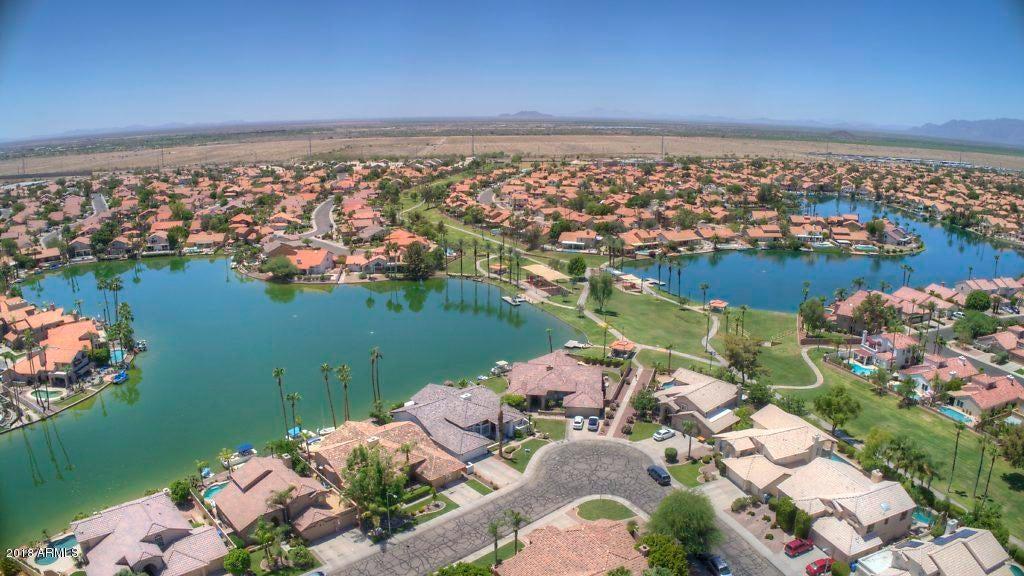 MLS 5785328 3535 E AMBERWOOD Drive, Phoenix, AZ 85048 Ahwatukee Lakewood AZ