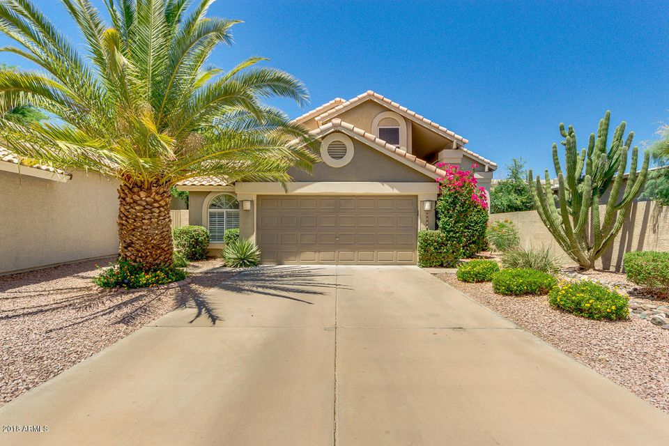 Photo of 9224 E WINDROSE Drive, Scottsdale, AZ 85260