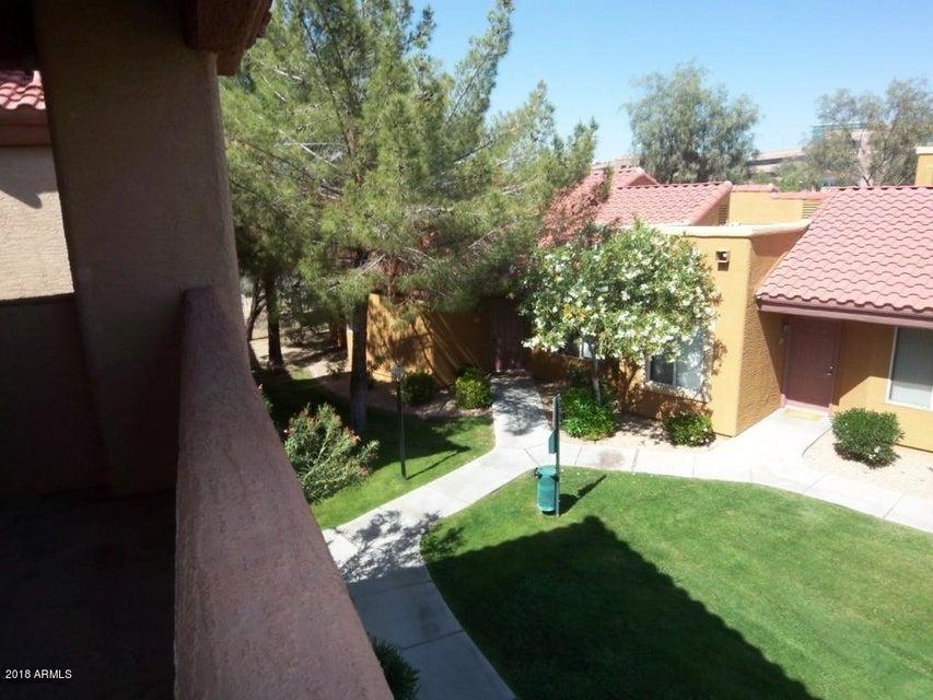 Photo of 2929 W YORKSHIRE Drive #2080, Phoenix, AZ 85027
