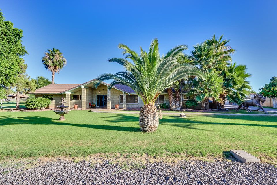 MLS 5785913 2553 W EL ALBA Way, Chandler, AZ RV Parking