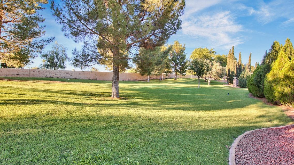 MLS 5790206 29 E OAKWOOD HILLS Drive, Chandler, AZ 85248 Scenic Views