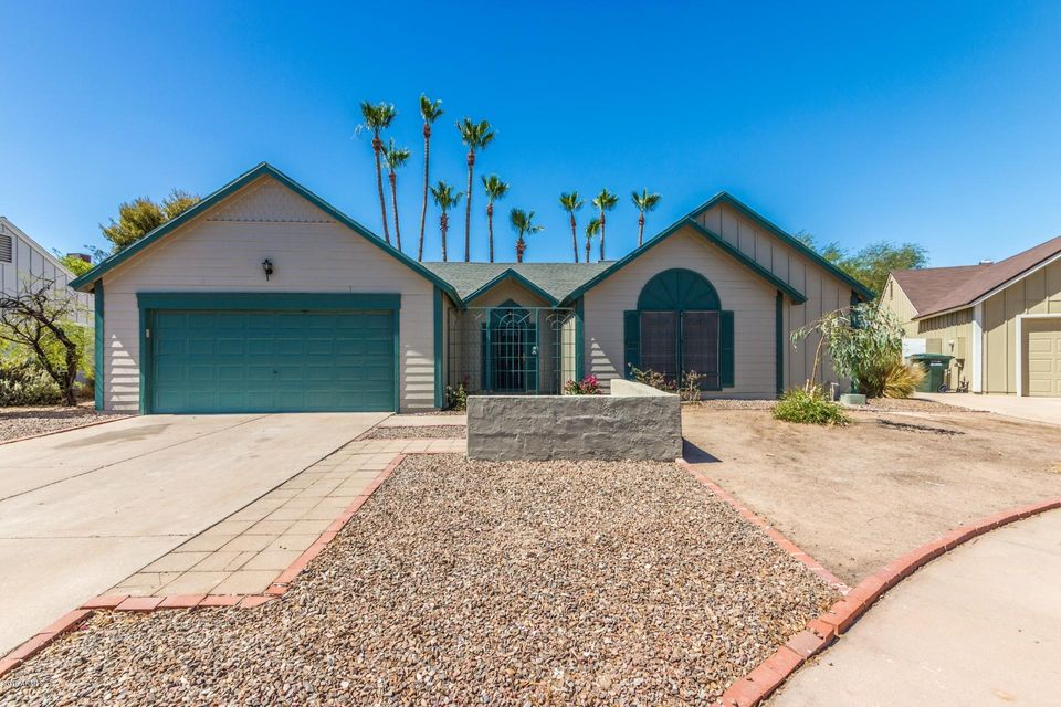Photo of 4632 E KACHINA Trail, Phoenix, AZ 85044