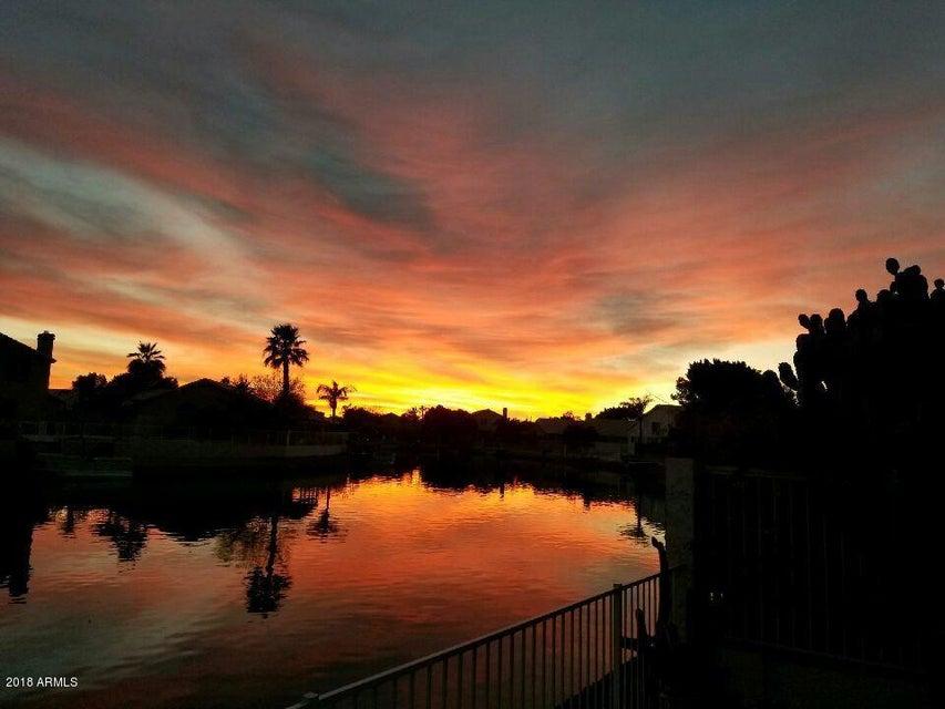 MLS 5786979 5219 W TONOPAH Drive, Glendale, AZ Glendale AZ Waterfront