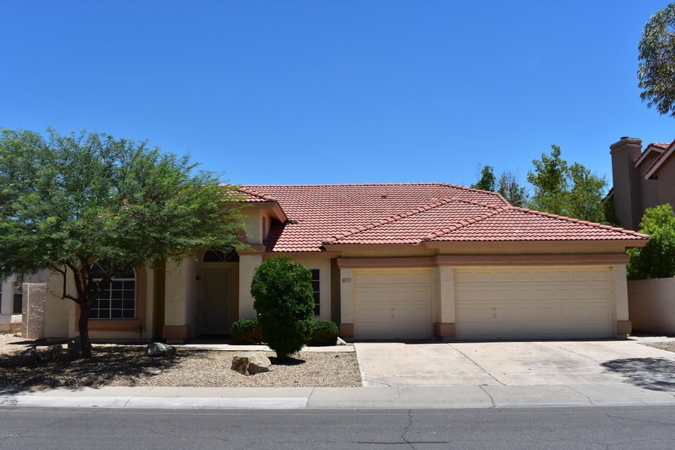 Photo of 3121 N MEADOW Drive, Avondale, AZ 85392