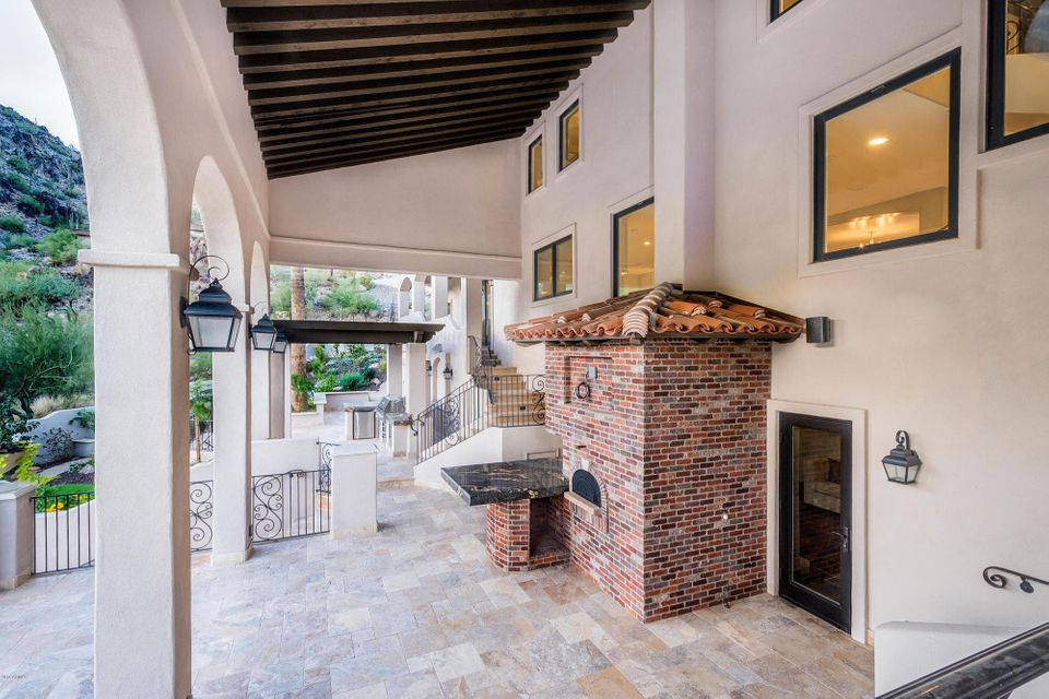 MLS 5787493 7202 N CLEARWATER Parkway, Paradise Valley, AZ 85253 Paradise Valley AZ Gated