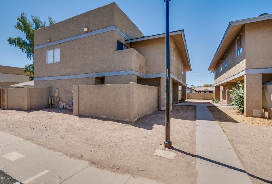 Photo of 6901 W VILLA Road #1216, Phoenix, AZ 85033