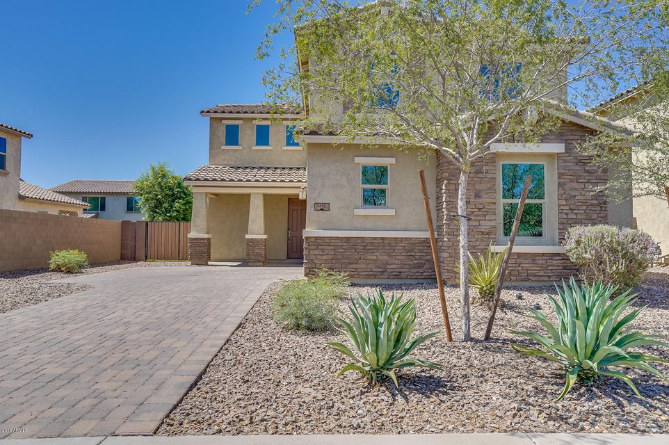 Photo of 1112 E BLUE SPRUCE Lane, Gilbert, AZ 85298