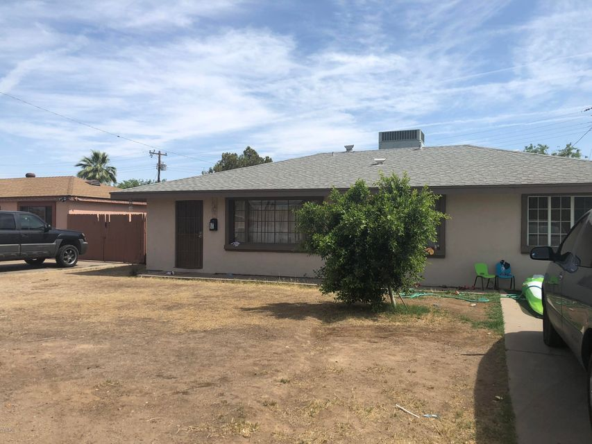 Photo of 2731 W HIGHLAND Avenue, Phoenix, AZ 85017