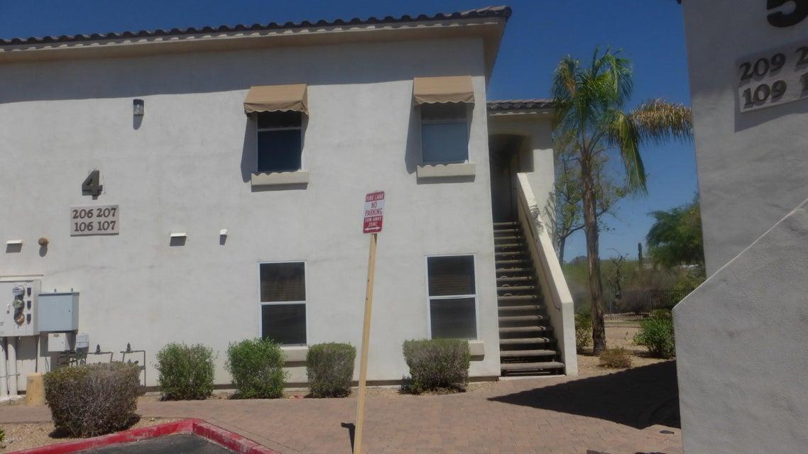 Photo of 2950 W LOUISE Drive #207, Phoenix, AZ 85027