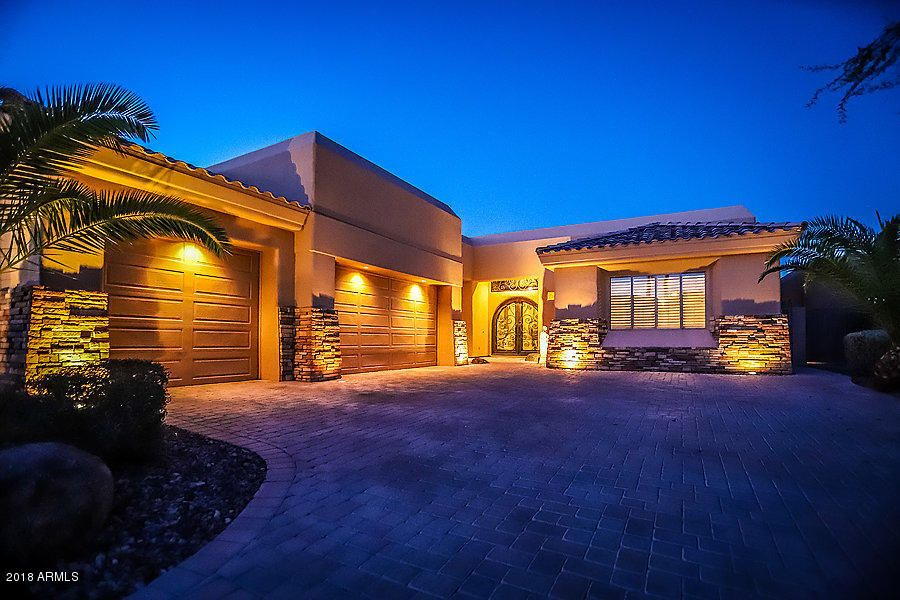Photo of 1126 E THUNDERHILL Place, Phoenix, AZ 85048