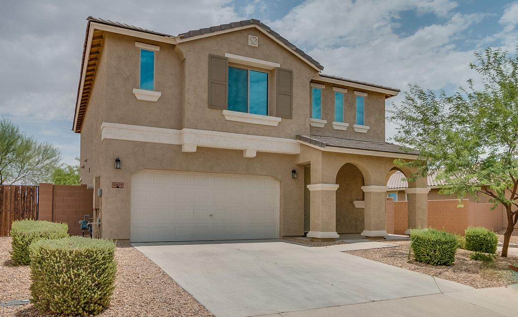 Photo of 21635 N DIAMOND Drive, Maricopa, AZ 85138