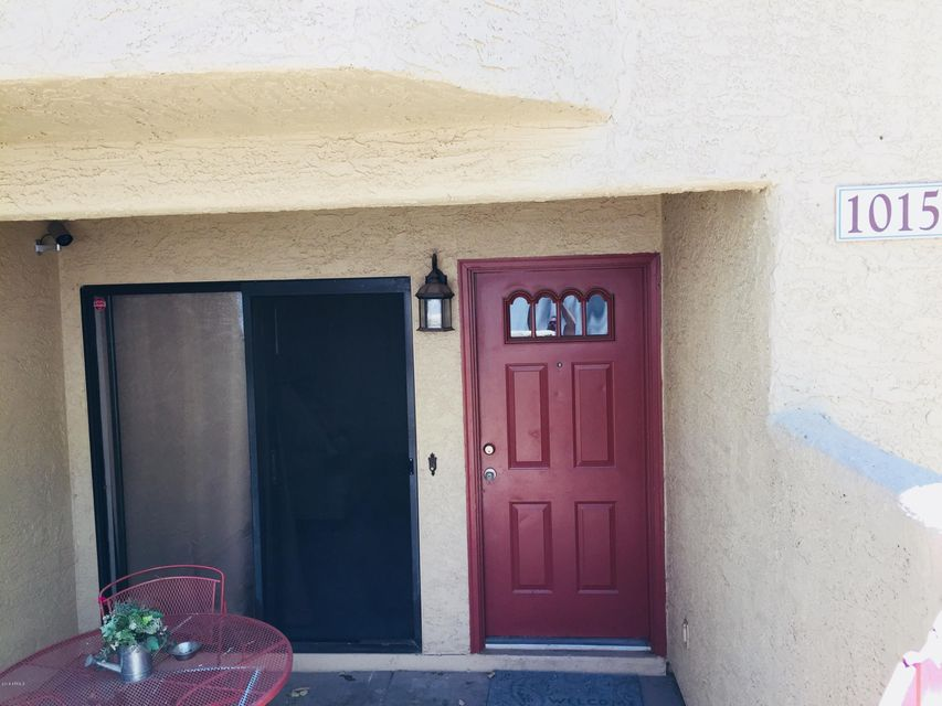 Photo of 850 S RIVER Drive #1015, Tempe, AZ 85281