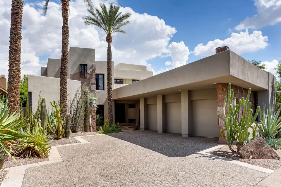 Photo of 7475 E GAINEY RANCH Road #26, Scottsdale, AZ 85258