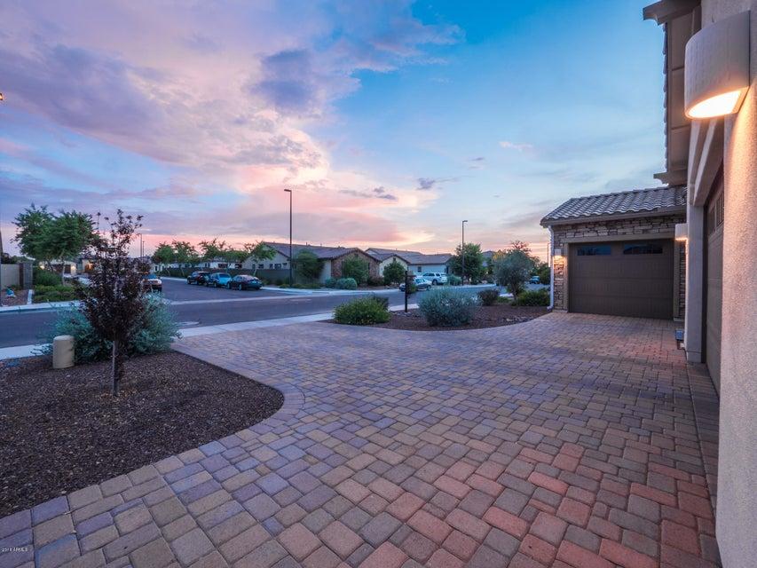 MLS 5751899 1146 E HOLBROOK Street, Gilbert, AZ 85298 Gilbert AZ Layton Lakes