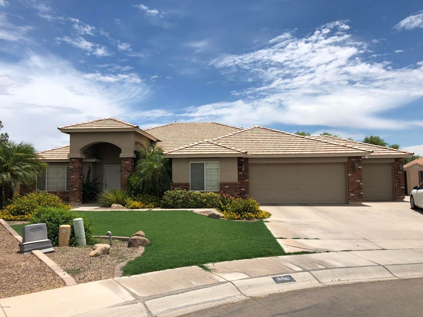 MLS 5793605 3861 E WHITEHALL Drive, San Tan Valley, AZ 85140 San Tan Valley AZ 5 or More Bedroom