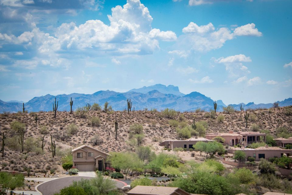 MLS 5792401 17105 E LA MONTANA Drive Unit 204, Fountain Hills, AZ 85268 Fountain Hills AZ Condo or Townhome