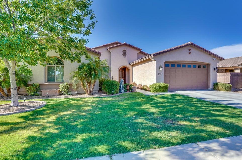 Photo of 1164 E GRAND CANYON Drive, Chandler, AZ 85249