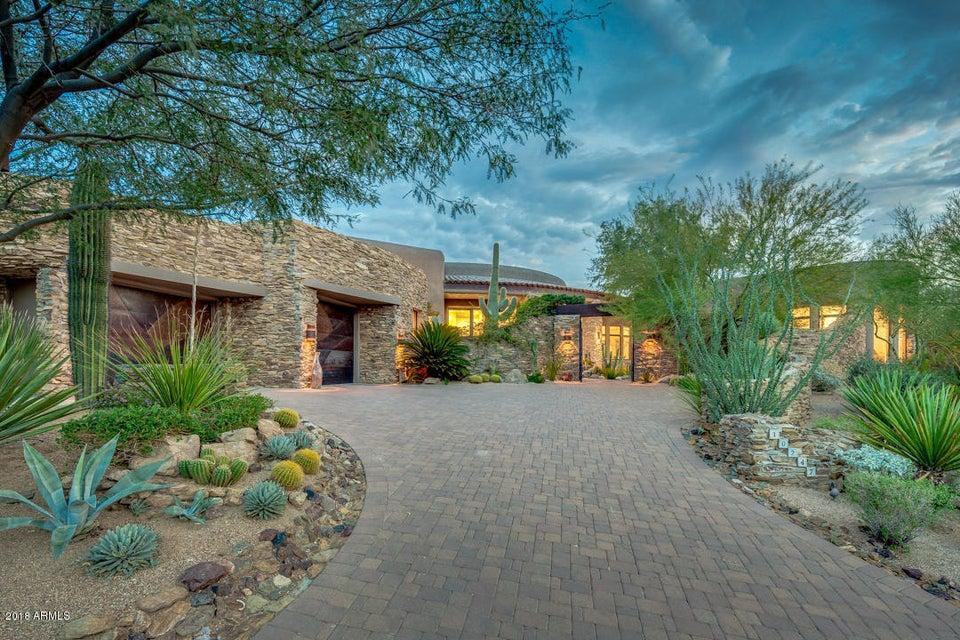 Photo of 10247 E BOULDER BEND Road, Scottsdale, AZ 85262