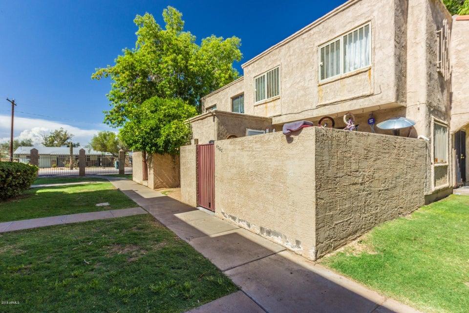 Photo of 4262 N 68TH Drive, Phoenix, AZ 85033