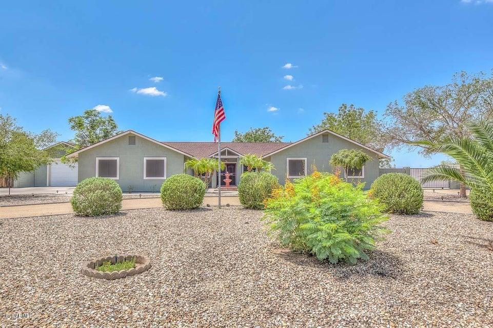 Photo of 5939 W GREENBRIAR Drive, Glendale, AZ 85308