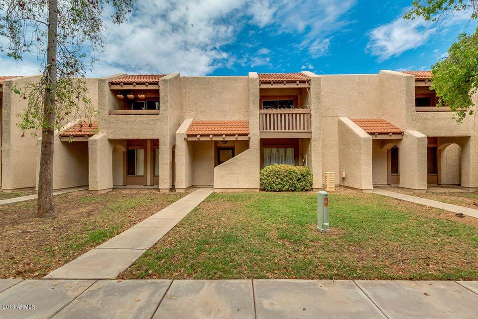 Photo of 8479 N 54TH Lane, Glendale, AZ 85302