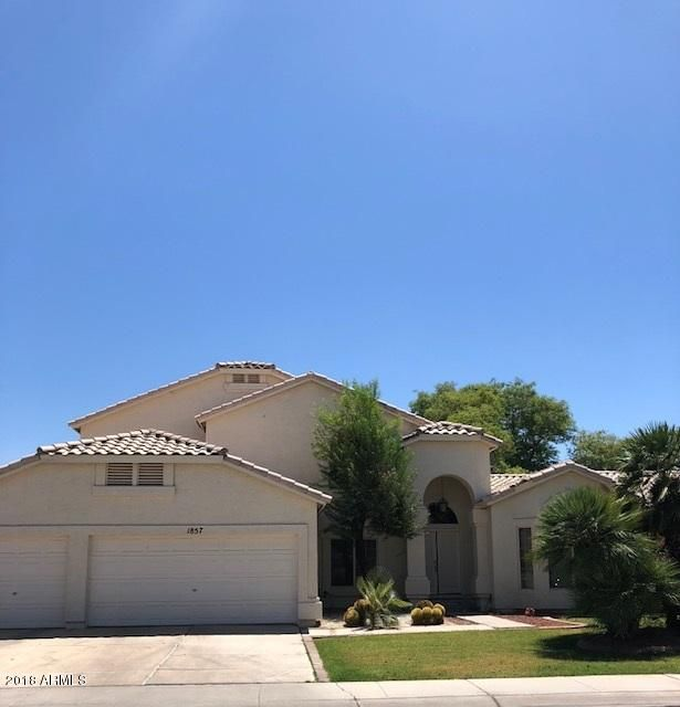Photo of 1857 W Aspen Avenue, Gilbert, AZ 85233