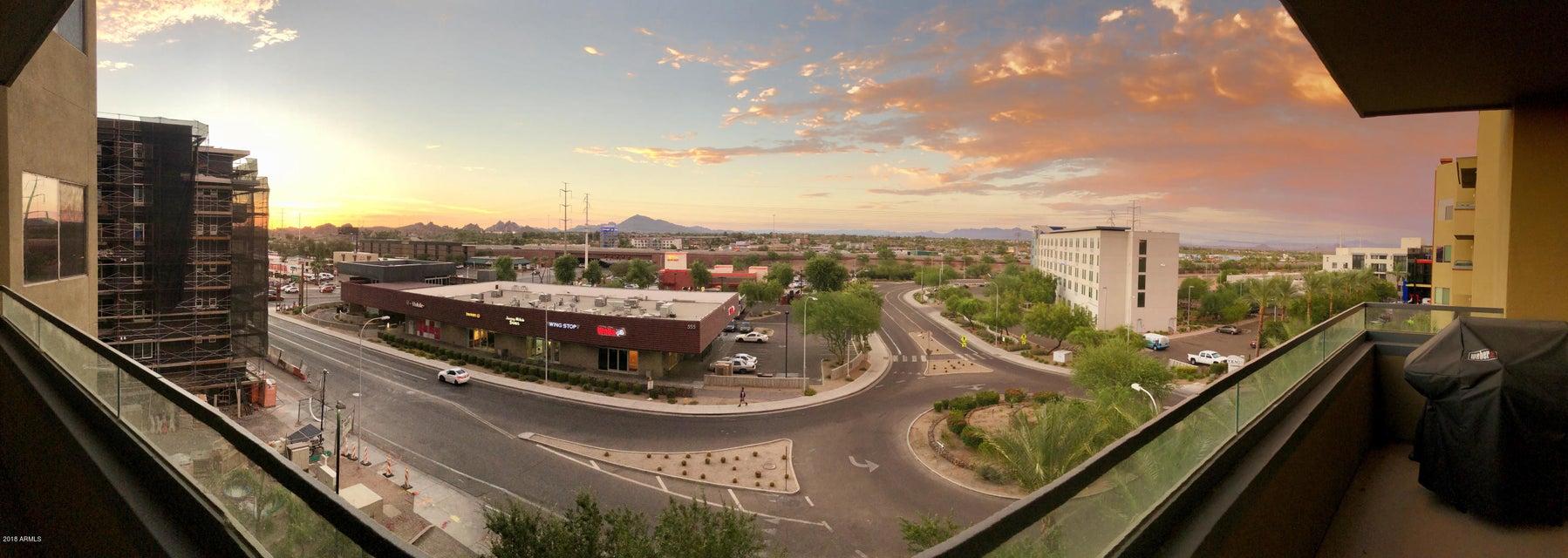 Photo of 945 E PLAYA DEL NORTE Drive #4024, Tempe, AZ 85281