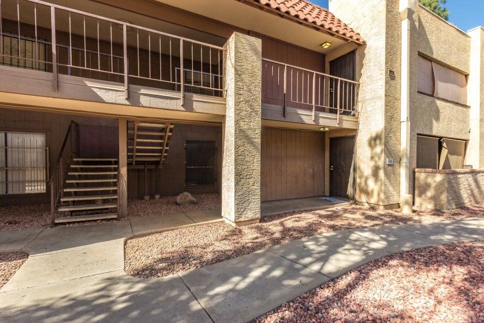 Photo of 4608 W MARYLAND Avenue #240, Glendale, AZ 85301