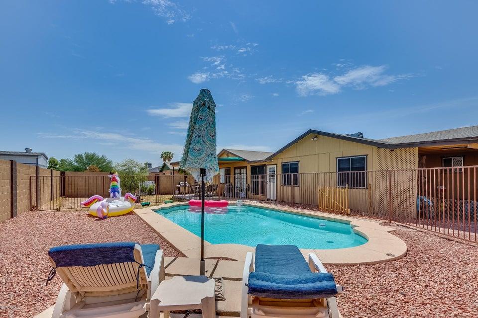 Photo of 8620 W GOLDEN Lane, Peoria, AZ 85345