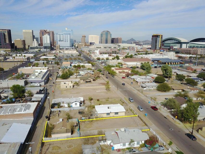 Photo of 742 S 1ST Street, Phoenix, AZ 85004