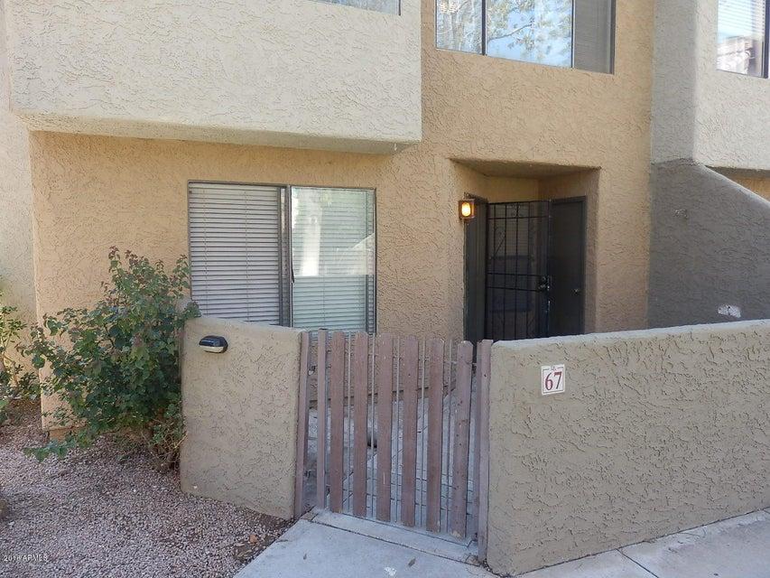 Photo of 2040 S LONGMORE Street #67, Mesa, AZ 85202