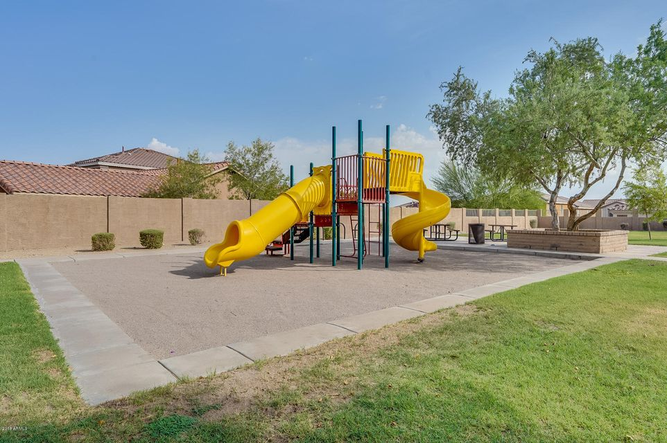 MLS 5802165 1720 W AMBERWOOD Drive, Phoenix, AZ Ahwatukee Community AZ Private Pool