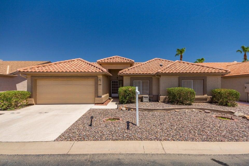 Photo of 1538 E SPYGLASS Drive, Chandler, AZ 85249